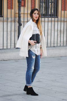 White winter. http://www.fashion-south.com/2016/01/white-winter.html