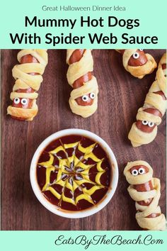 Who doesn't love a hot dog wrapped in cheese and crescent roll dough? These adorable Easy Meals For Kids, Easy Food To Make, Kids Meals, Mummy Hot Dogs, Beef Hot Dogs, Crescent Roll Dough, Crescent Rolls, Appetizers For Party, Appetizer Recipes