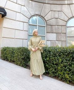 Best Dressed Hijab Fashion Instagram Influencers This Summer - image@styledbyduha - Check Out The Best Dressed Instagram Bloggers This Summer And Get Great Inspiration On Casual Summer Outfits, Casual Simple Hijab Outfits, Casual Classy Hijab Looks, Street Style Hijab Fashion, Summer Long Dress Inspiration, Long Skirt Outfit Ideas With Hijab And Much More. #hijabfashion #hijabioutfitscasual #hijaboutfit #instagramfashion #summerstyle #muslimahfashion