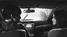 pretty little liars aria montgomery 1000 Lucy Hale Ezra Fitz Ian Harding Ezria mine pll Pretty Little Liars Aria, Ashley Benson, Cute Relationship Goals, Cute Relationships, Ezra And Aria, Romantic Kiss Gif, Ezra Fitz, Fotos Goals, Romance