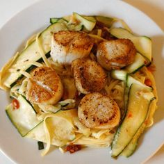 This Buitoni Supper Star-winning recipe is a bright, fresh balance of Italian flavors and decadent seafood. The scallops feel special for a date night, but cook quickly, and the zucchini ribbons look beautiful and pair well with the punchy, sun-dried tomato sauce.