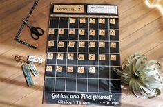 ダイソーのカラーボードとセリアのクラフト紙でかっこいい万年カレンダー