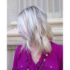 Instagram media jenna.giansanti - Weekend blonde ready!! ☀️#btconeshot_hairpaint16 #EnvogueSalon #blonde #platinumblonde #platinumhair #btcpics #balayage #denverhair #denver #colorado #denvercolor #hairgoals #schwarzkopf #kerastase #hair #haircolor #hairstylist #haircolorist #texture #iamgoldwell #goldwell #curls #curlyhair #behindthechair #modernsalon #olaplex #americansalon #blondes #longhair #nofilter ✨