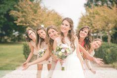 La nostra sposa con le sue damigelle: meravigliose.