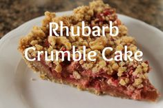 The Purposeful Mom: Springtime Rhubarb Crumble Pie Desserts To Make, Food To Make, Delicious Desserts, Yummy Food, Rhubarb Crumble Cake, Pie Crumble, Crumble Recipe, Baking Recipes, Dessert Recipes