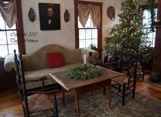 NEW-Christmas-of-Olde-book-by-Tina-Woltman-Antiques-Old-Christmas-Early-Homes