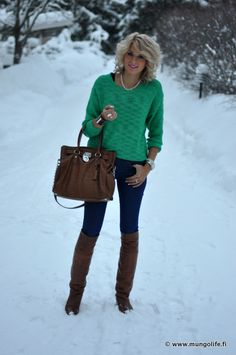 this chick has the most AMAZING style & wardrobe!