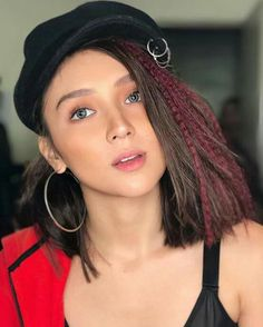 Happy birthday Queen 😍😘 Filipina Actress, Filipina Beauty, Kathryn Bernardo, Beautiful Inside And Out, Girl Crushes, Asian Beauty, Braided Hairstyles, Asian Girl, Beauty Hacks