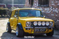 A proper Mini Clubman :) Volvo, Retro Cars, Vintage Cars, Classic Mini, Classic Cars, Aston Martin, Touring, Subaru, Le Hangar