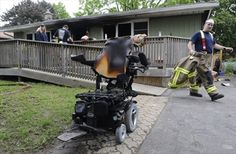 Neighbours rescue man from Kitchener house fire