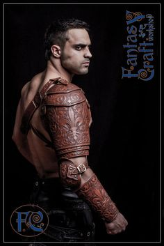 Leather armour set Aramis by Fantasy-Craft on DeviantArt Leather Bracers, Leather Tooling, Arm Armor, Body Armor, Larp, Cosplay, Fantasy Craft, Grandeur Nature, Costume Armour
