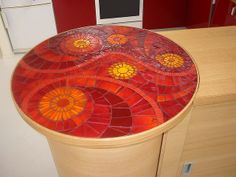 bar spirale mosaique d'émaux de verre albertini by mozaiktoone, via Flickr