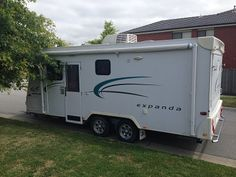 Caravan Hire - 2007 Jayco Expanda Luxury with Ensuite 4 to 6 berth. Hire this great Caravan for just $110 per day plus full annex. www.caravanandcampinghire.com