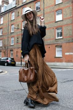 My boyfriend would hate this outfit, I think it's simply chic!