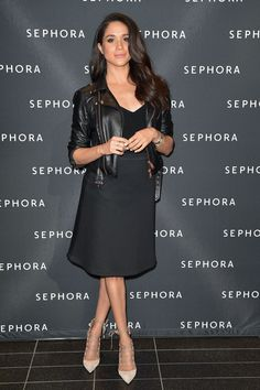 The actress and Prince Harry's fiancée Meghan Markle is on her way to becoming a bonafide style icon Classy Outfits, Chic Outfits, Work Outfits, Spring Outfits, Urban Fashion, Boho Fashion, Fashion Fall, Classy Fashion, Fashion 2018