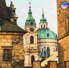 World_BestTravel: ⛩🗽🏠🏟Felicidades a nuestro gran amig@ .  Congrats to our great friend: . . . . . . . . . . . . ⛩🗽👉🏻@meltheokris👈🗽⛩ . . . . . . #world_besttravel_meltheokris . . . . .  Lugar / Location: Prague, Czech Republic . . . . . . . . . . .  Por esta fantástica imagen!!! For this fantastic pic!!! . 🏫🏛🏘🏯🏰 .  Fundador / Founder: @jedugd . .  Foto seleccionada por /Photo chosen by:🏛👉🏻@isagranada 👈🏛 . .  Affiliated @family_hubs . .  Para optar a menciones, usad nuestra…