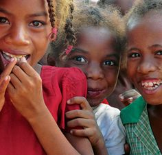 il s'agit de l'Association de solidarité internationale Partage qui depuis 40 années aide les enfants du monde à grandir dans le respect de leurs droits fondamentaux