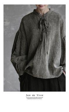 【楽天市場】【送料無料】Joie de Vivre先染めリネンシャンブレーワッシャーメディーバルブラウス:BerryStyleベリースタイル Casual Outfits, Fashion Outfits, Womens Fashion, Ethno Style, Quoi Porter, Pretty Shirts, Linen Blouse, Geek Chic, Linen Dresses