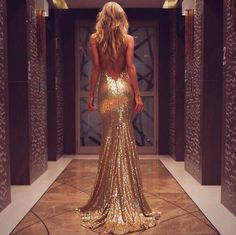 backless, blonde, dress, glitter, sequin