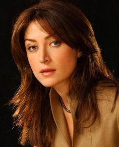 NCIS Sacha Alexander aka Kate, who asked to be eliminated and then turned up in Rizzoli & Isles. Alexander Sasha, Caitlin Todd, Kate Todd, Ncis Series, Serie Ncis, Tv Series, Ncis Kate, Ncis Gibbs Rules, Ncis Rules