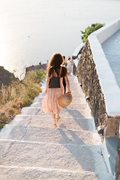 Light-filled Santorini Engagement with Destination Tips Engagement Couple, Engagement Shoots, Destination Wedding, Wedding Planning, Wedding Ideas, Elopement Inspiration, Santorini, Wedding Season, Photoshoot