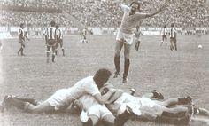 """29 de junio de 1983. Estadio Nacional, minuto 88. Miguel Seminario y el gol soñado, la """"U"""" y la felicidad..."""