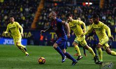 """""""برشلونة"""" ينتزع نقطة غالية من أنياب مضيفه…: انتزع فريق """"برشلونة""""، نقطة غالية من أنياب مضيفه """"فياريال""""، بعد تعادل مثير بهدف لكل منهما، في…"""