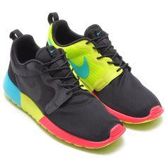 ce49685e4813 nike roshe run hyperfuse black venom green 01 Nike Roshe Run Hyperfuse  Black Venom Green