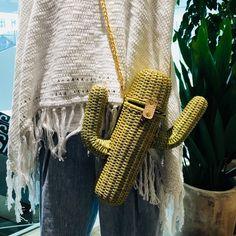 """ถูกใจ 18 คน, ความคิดเห็น 2 รายการ - S.Y. (@susu_ying) บน Instagram: """"isn't cute~ . #bag #bagdesign #bagdesigner #waterbottleholder #waterbottlebag #design #fashion…"""""""