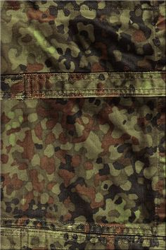 federal republic of germany Flecktarn A (klein) 1976 expensive as shit Camouflage Colors, Camouflage Patterns, Military Camouflage, Military Art, Fabric Patterns, Print Patterns, Army Times, Camo Gear, Camo Wallpaper