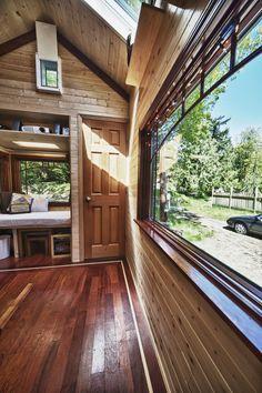 Candice's Tiny House Tiny House Closet, Tiny House Cabin, Tiny House Living, Tiny House Design, Tiny Cabins, Salford City, Tiny Apartments, Tiny Spaces, Small Space