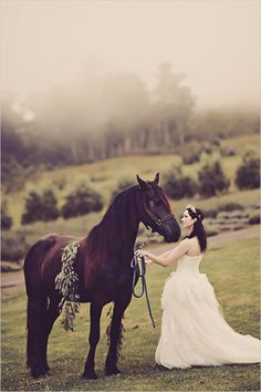 bridal portrait with a horse @weddingchicks