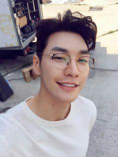 Kim young kwang..