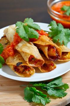 Crispy Rolled Shrimp Tacos Crispy corn tortillas are the best, and really you can make this as simple as you like, Shrimp Tacos, Shrimp Taco Recipes, Fish Recipes, Mexican Food Recipes, Flautas Chicken, Lobster Tacos, Fish Tacos, I Love Food, Side Dishes