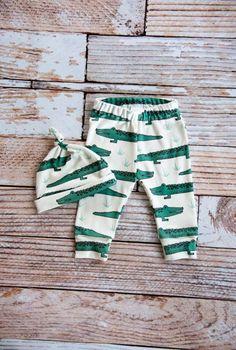 organic baby leggings, baby pants, baby leggins, crocodiles, organic baby, alligators, alligator leggings, baby gift, gator, baby pants