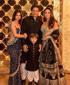 A pre-Diwali bash hosted by none other than Bollywood King Shahrukh Khan and his gorgeous wife Gauri Khan recently is hogging limelight from all corners. Big guns of Bollywood like Karan Johar, Alia Bhatt, Katrina Shilpa Shetty, Sonakshi Sinha, Anushka Sharma, Kareena Kapoor, Ranbir Kapoor, Kendall Jenner Outfits, Bollywood Stars, Bollywood Fashion, Bollywood Gossip