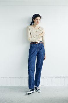 Denim Fashion, Fashion Pants, Paris Fashion, Love Fashion, Plus Size Fashion, Autumn Fashion, Fashion Outfits, Fashion Design, Womens Fashion