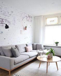 Nordic simplicity. via @immyandindi #scandicliving #homevibes #minimalism…