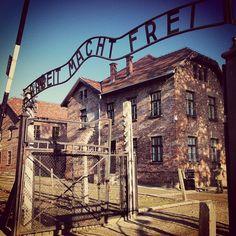Auschwitz-Birkenau, entrada al campo, Cracovia Polonia.