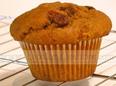Gluten-Free Pumpkin Chocolate Chip Muffins - The Baking Beauties. Delicious. Tender crumb. Used pumpkin pie spice and white chocolate chips.