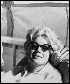 1961 / Marilyn - Newport beach California.