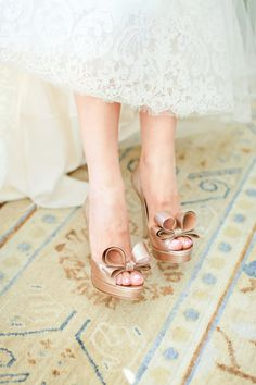 Taupe Wedding Shoes With Bows | photography by http://connielyu.com/