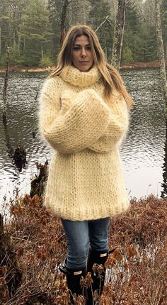 Angora Sweater, Turtleneck, Riddling Rack, Thick Sweaters, Crotchet, Jumpers, Cool Outfits, Passion, Dreams
