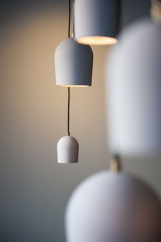 Archy van MORE. New Design Icon van Vonk interieur & design. Clean Design, Danish Design, Lamp Design, Home Lighting, Furniture Decor, New Homes, Dining Table, Bulb, Lights