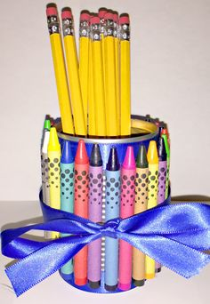 Love this craft from @mommymellie that helps you recycle a soup can into a pretty gift for a teacher. Your kids will love the craft and it's a great opportunity to talk about reuse, recycling and minimizing waste.