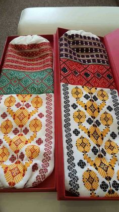 Ukraine , ♥ , from Iryna Folk Embroidery, Embroidery Patterns, Types Of Stitches, Color Shapes, Folk Costume, Ukraine, Needlework, Colours, Traditional