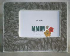 4 x 6 Soft Feather Picture Frame  Grey Feathers by Mmim on Etsy, $22.00