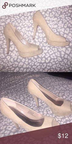 Beige Platform Heel In good conditions. The inch of the heel is around 3 inches. Maurices Shoes Heels