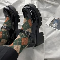 Aesthetic Shoes, Aesthetic Fashion, Aesthetic Clothes, Aesthetic Grunge, Aesthetic Outfit, Mary Jane Heels, Mary Jane Outfit, Dr Shoes, Me Too Shoes