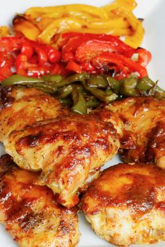One Pan Oven-Baked Chicken and Peppers - a super quick and easy chicken dinner recipe!